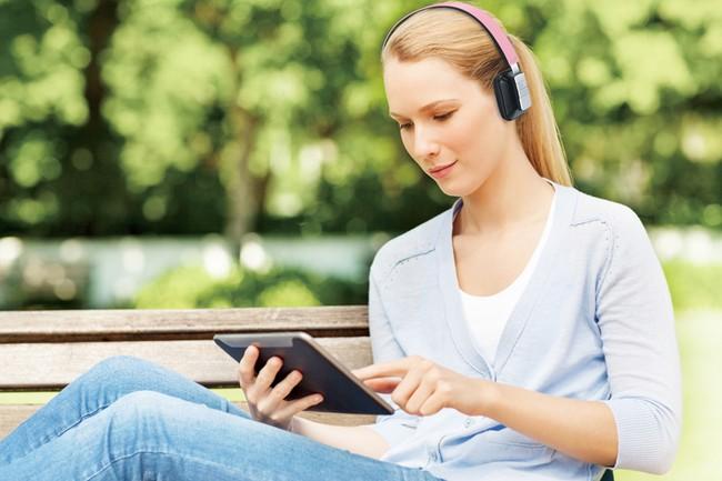 Giúp bạn vừa làm việc lại vừa có thể nghe nhạc hoặc làm việc